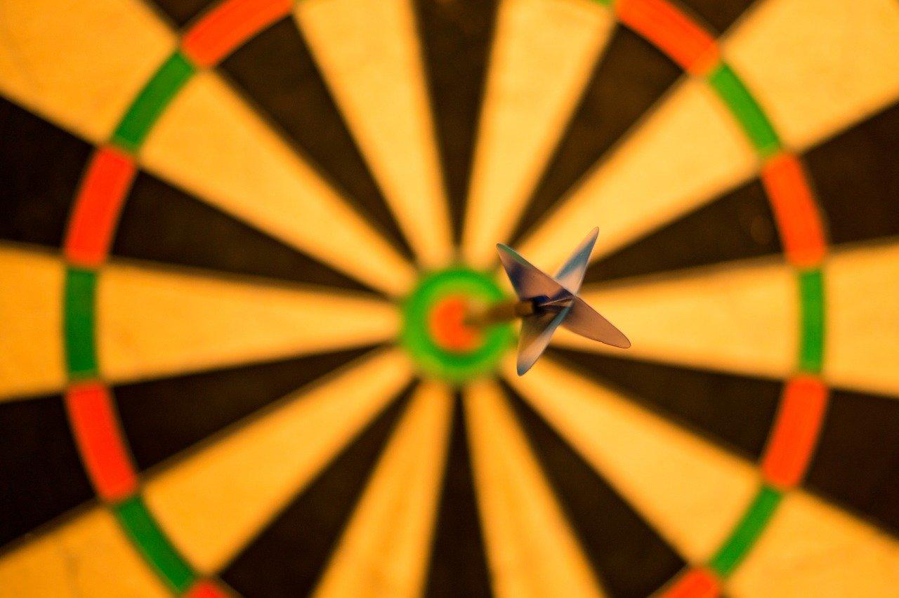 bulls eye, bull, darts